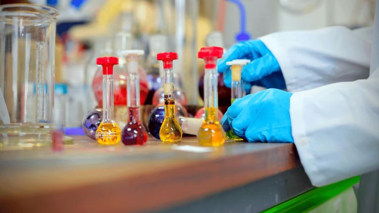 أبرز هل تعلم عن الكيمياء