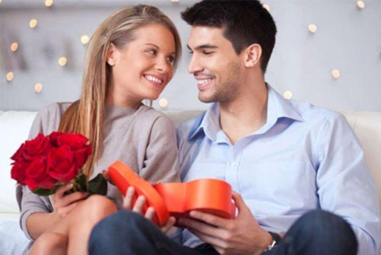 أفضل هدية للزوجة من السفر.. تعرف على 10 هدايا قيمة يمكنك جلبها لزوجتك من السفر