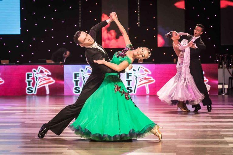 أنواع رقص الصالونات… دليلك الكامل للتعرف على أنواع رقص الصالونات /  بحر المعرفة