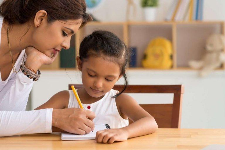 طريقة تعليم الأطفال الإملاء .. نصائح لممارسة الإملاء مع الأطفال بطريقة ناجحة