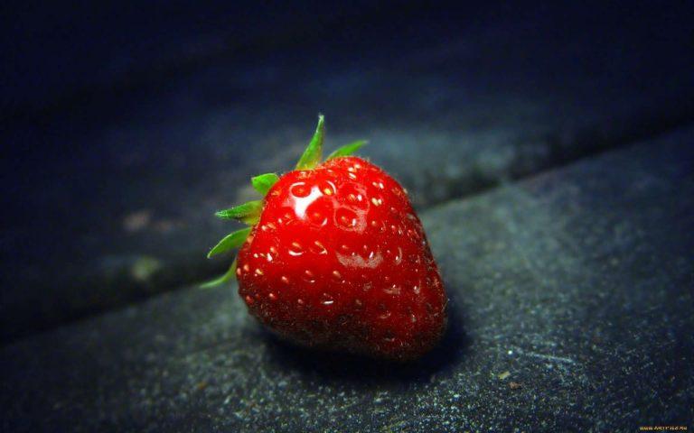 فوائد الفراولة للاسنان .. تعرف تأثير الفراولة على صحة الأسنان