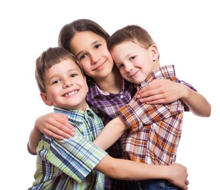 فن التعامل مع الإخوة .. تعرف على كيفية التعامل مع أخاك المزعج الصغير| بحر المعرفة