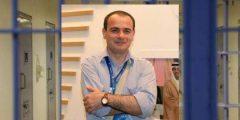 من هو الصحفي الأردني تيسير النجار وسبب وفاته