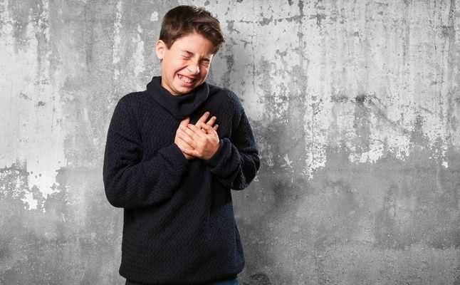 التهاب الصدر عند الأطفال . تعرف علي أسبابه وطرق الوقاية والأعراض الشائعة | بحر المعرفة