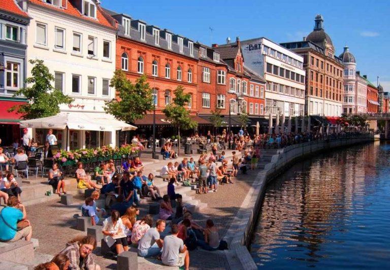 """السياحة في آرهوس الدنماركية .. إستمتع برحلة جميلة فى مدينة """" آرهوس الدنماركية """" .."""