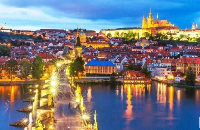 السياحة في التشيك للشباب
