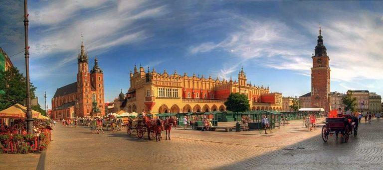 السياحة في بولندا في شهر يوليو… تعرف على كل ما يمكنك الاستمتاع به في بولندا خلال يوليو