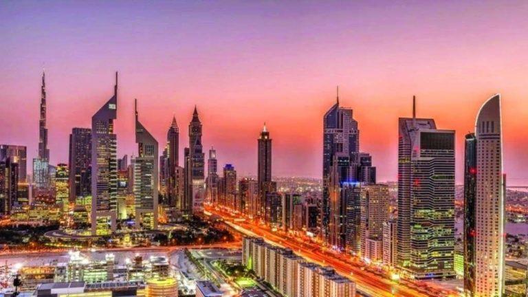 السياحة في دبي في شهر مايو