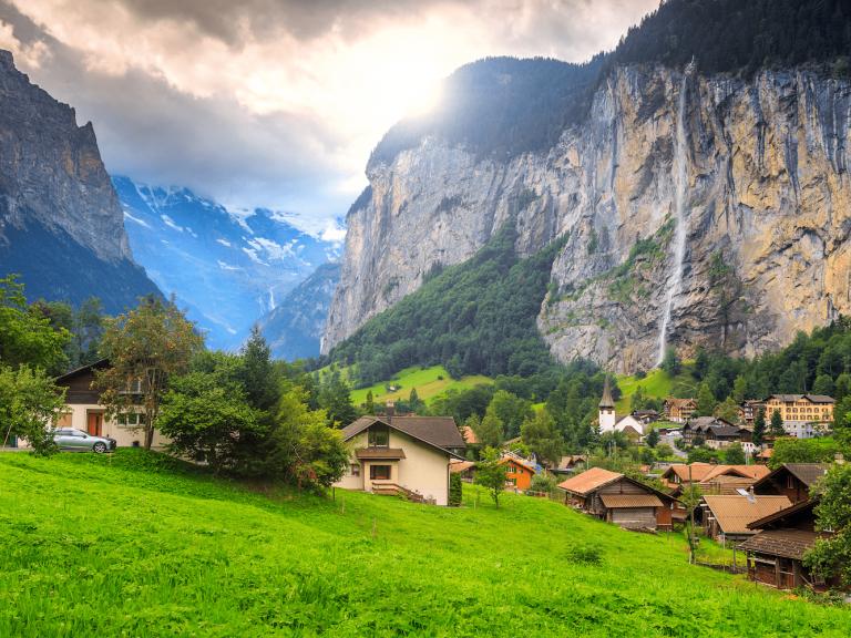 السياحة في سويسرا وايطاليا.. إليك قائمة بأشهر الأماكن السياحية في سويسرا وايطاليا /  بحر المعرفة