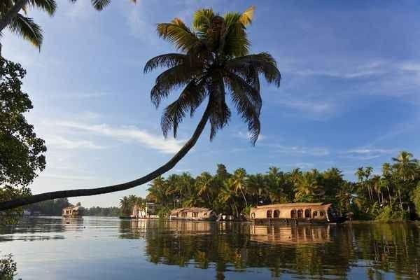السياحة في كيرلا الهند   جمال طبيعي يخطف الأنفاس
