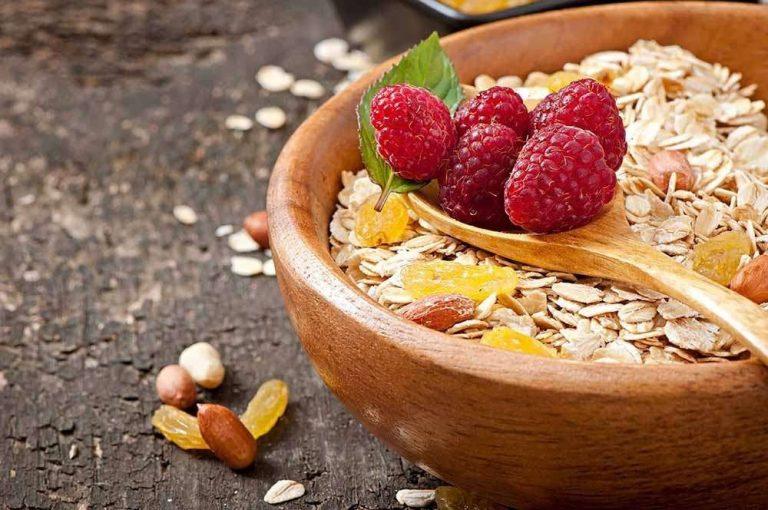 وصفات صحية بالشوفان … تعرف علي القيمة الغذائية للشوفان ووصفاته
