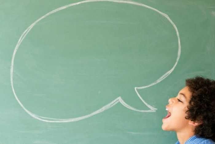تأخير الكلام عند الأطفال .. تعرف علي أسبابه وطرق العلاج المختلفة –