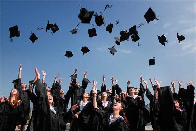 أفكار حفلات تخرج الجامعة .. إليك عدة أفكار مختلفة للإحتفال بيوم تخرجك تعرف عليها