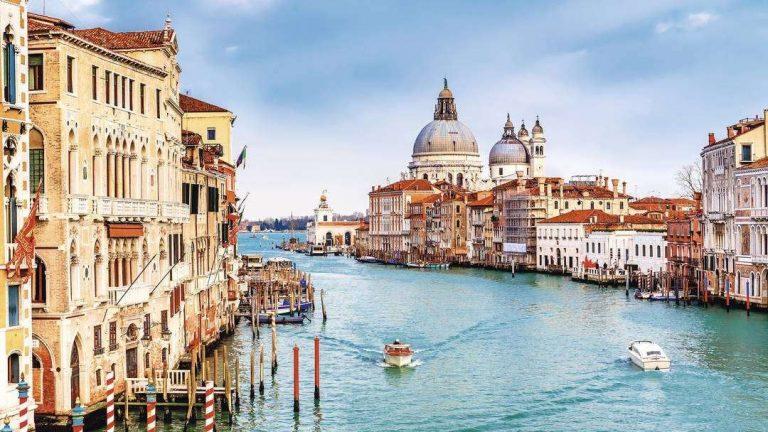 الحياة الريفية في إيطاليا .. أجمل القرى الريفية في إيطاليا وأكثرها سحرًا