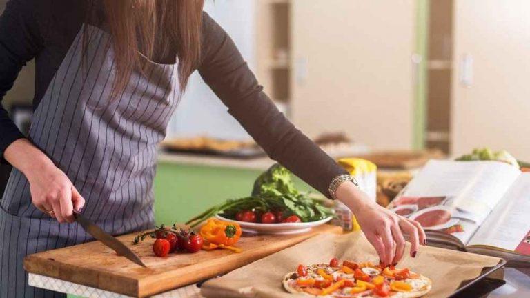 تطبيقات طبخ وحلويات بدون إنترنت .. تعرف على مجموعة تطبيقات ستفيدك فى مطبخك