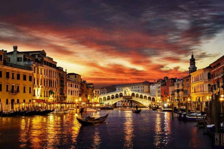 برنامج سياحي في شمال ايطاليا .. إستمتع برحلة جميلة بشمال ايطاليا لمدة 7 أيام ..