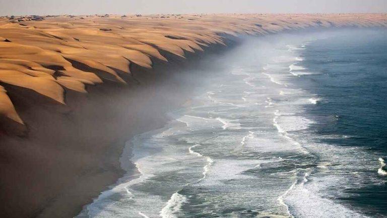 """السياحة في ناميبيا .. دليل رحلتك إلى ناميبيا """" الصحراء الأقدم فى العالم """" .."""