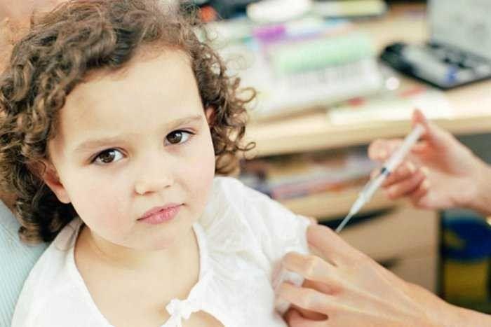 سكر الأطفال المؤقت .. هل يعاني طفلك من مشاكل سكر الدم؟ تعرف علي أسبابه وعلاجه