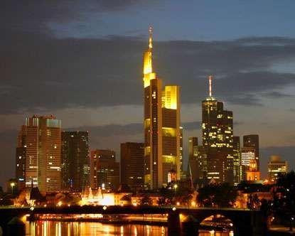 معلومات عن دولة ألمانيا وما بها من مواصلات وصناعات ومزروعات