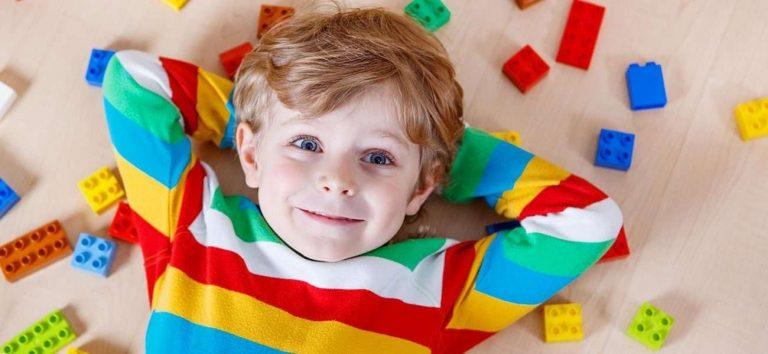 طريقة تربية الأطفال في سن 3 سنوات.. إليك 14 قاعدة مهمة لتربية طفلك بسن 3 سنوات