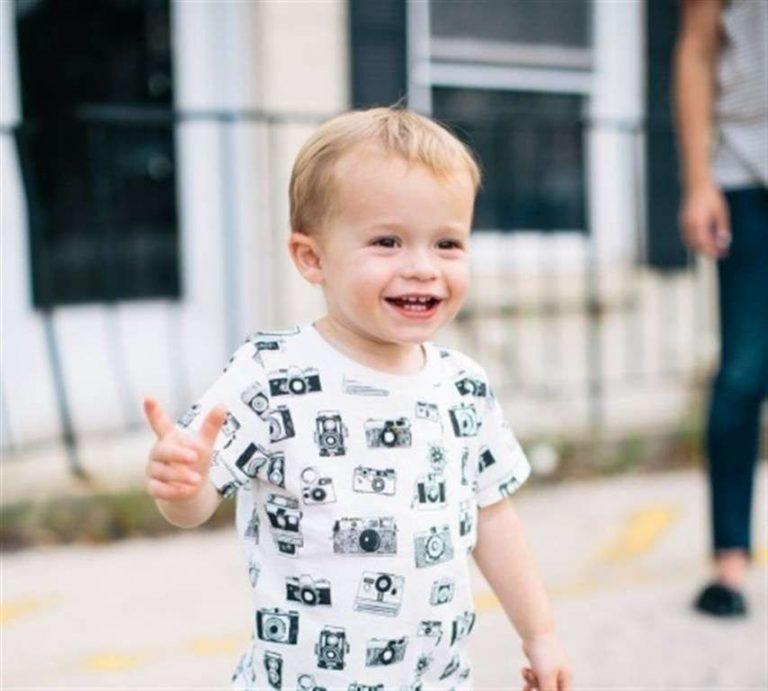 طريقة تربية الأطفال في عمر السنتين.. تعرف على الطريقة الصحيحة لتربية الطفل في عمر السنتين