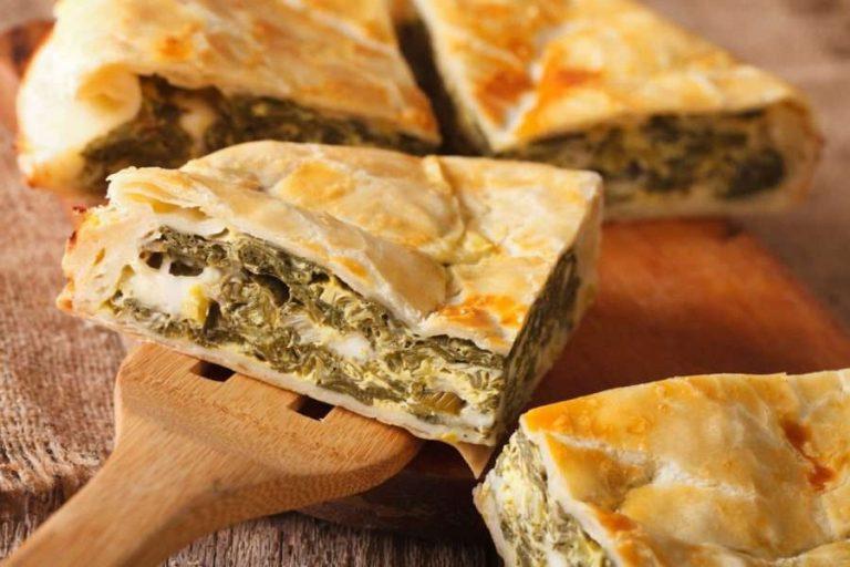 طريقة عمل فطيرة الفلافل … تعرف على طريقة استخدام عجينة الفلافل في صنع فطائر شهية