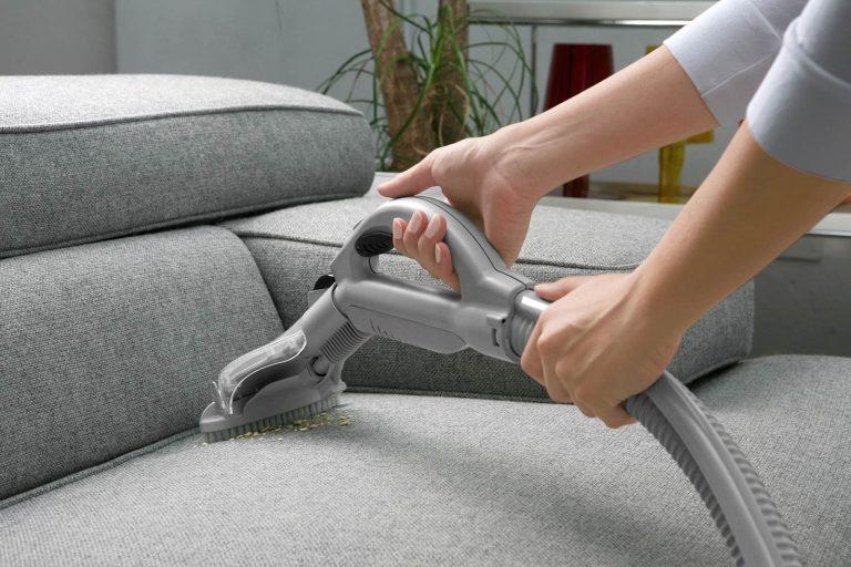 طريقة تنظيف الكنب في المنزل وبدون مساعدة شركات التنظيف المهنية ׀  بحر المعرفة