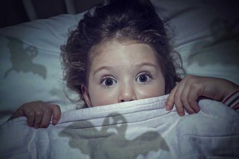 خوف الأطفال .. تعرف علي أبرز مخاوف الأطفال وكيفية إزالة خوف طفلك | بحر المعرفة