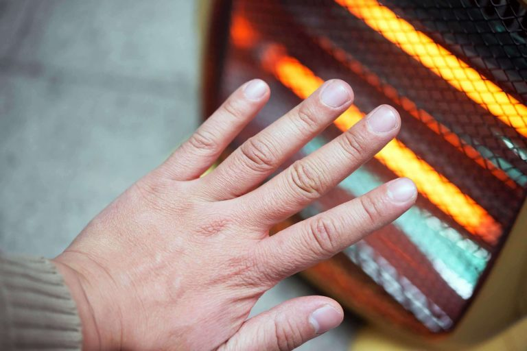 علاج برودة الأطراف في الشتاء … تعرف على أسباب برودة الأطراف في الشتاء وطريقة التخلص منها