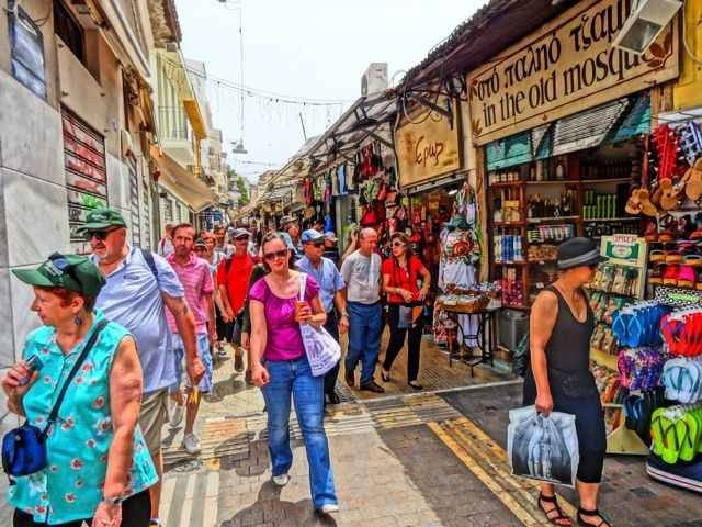 الاسواق الرخيصة في اثينا .. تعرف علبها!