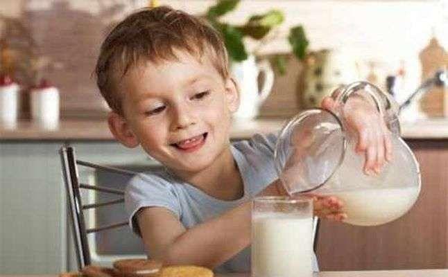 قصص عن فوائد شرب الحليب للأطفال