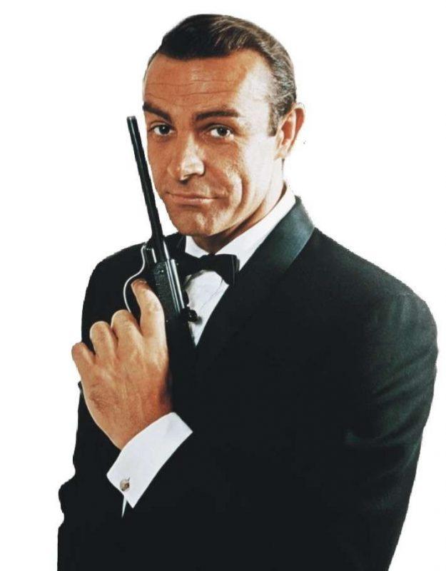 قصة حياة الممثل شون كونري .. تعرف على ملامح حياة كونري أول من جسد شخصية (جيمس بوند)