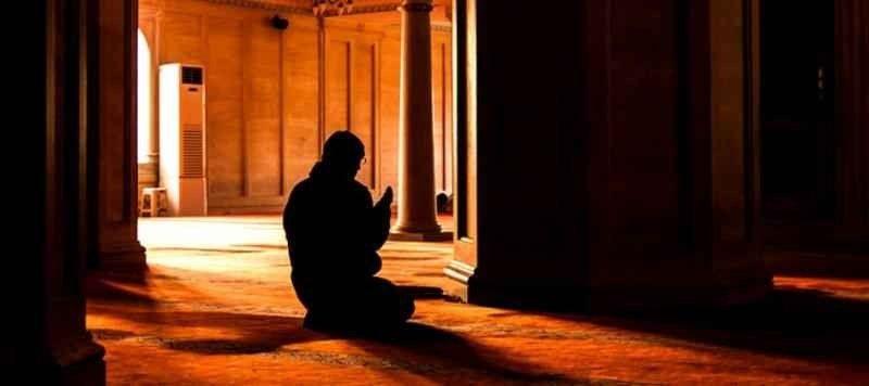 نصائح هامة في التعامل مع الأب الذي لا يصلي
