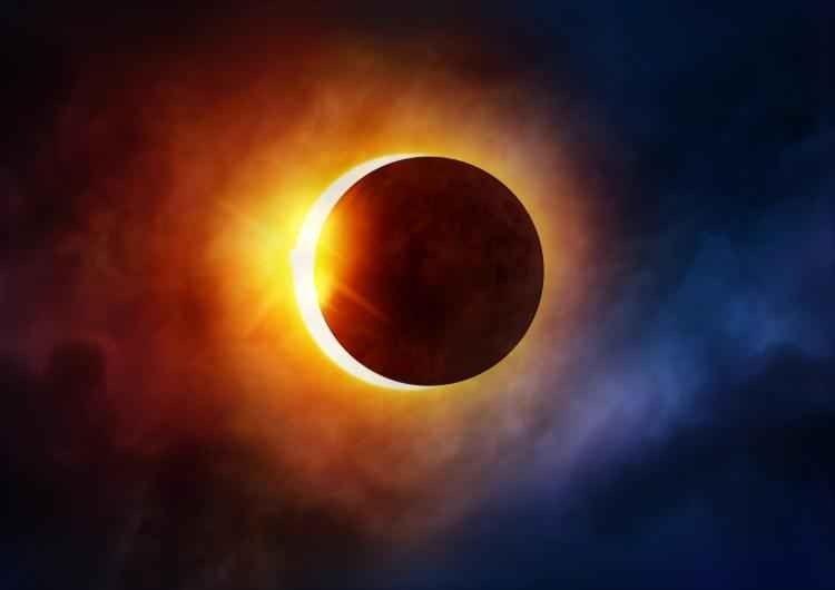 كيف يكون خسوف القمر .. معلومات هامة جداً عن خسوف القمر وما الحكمة منه –