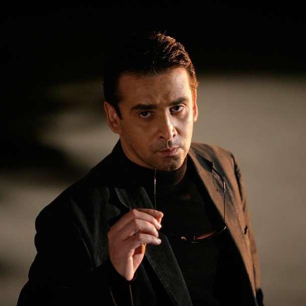 قصة حياة الفنان كريم عبد العزيز ..تعرف على ملامح حياته وأشهر أعماله الفنية