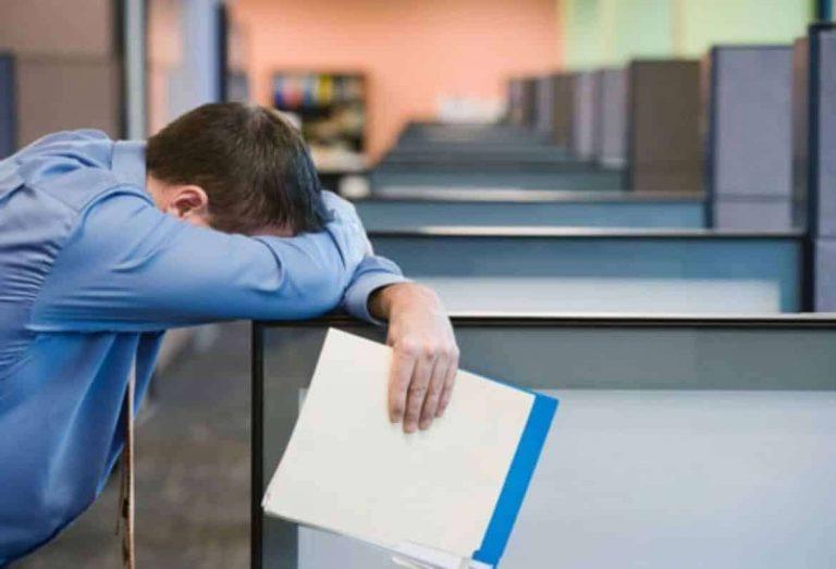 ما هي أسباب الشعور الدائم بالتعب /  بحر المعرفة