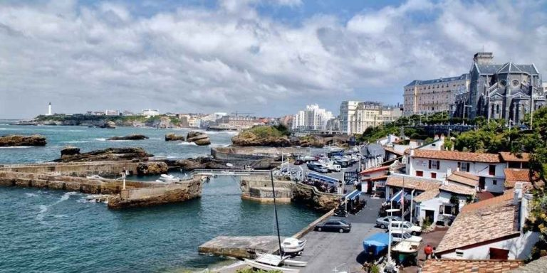 مدينة بياريتز الساحرة فرنسا … مدينة الأغنياء