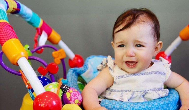مشاكل الأطفال في عمر السنة – مشاكل تواجه طفلك في عمر السنة