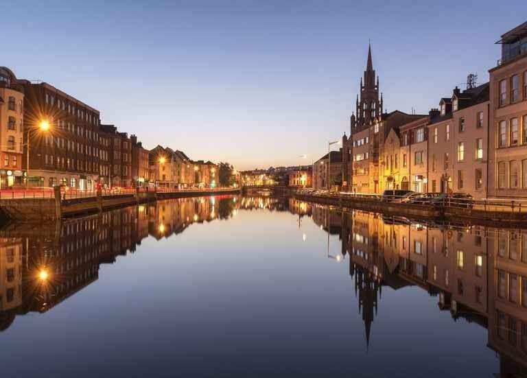 السياحة في كورك ايرلندا..ودليلك للوصول إلى أجمل الوجهات السياحية فى ايرلندا..