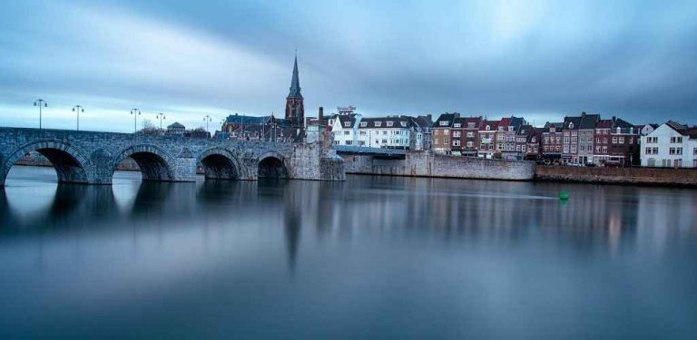 السياحة في ماسترخت هولندا .. تعرف على أهم الاماكن السياحية في ماسترخت هولندا ..