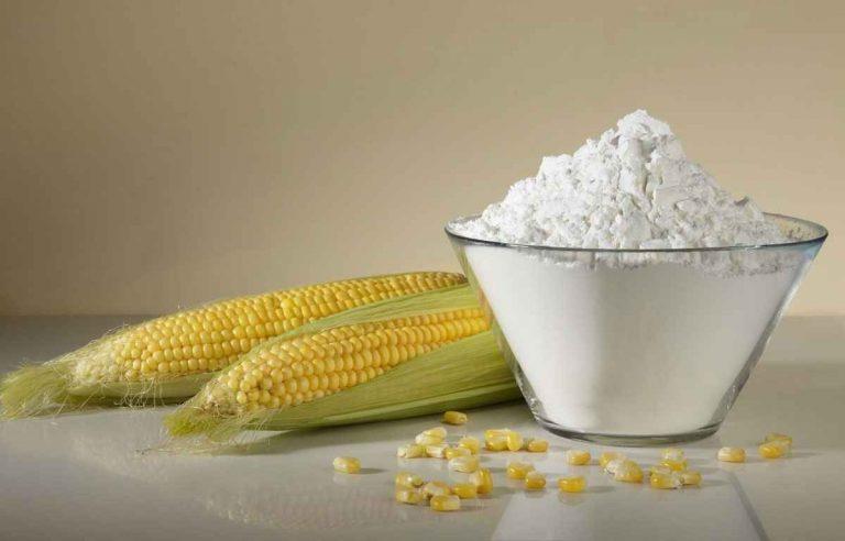 استخدامات نشا الذرة .. تعرف علي الإستخدامات المختلفة لنشا الذرة وأهميته للبشرة والشعر