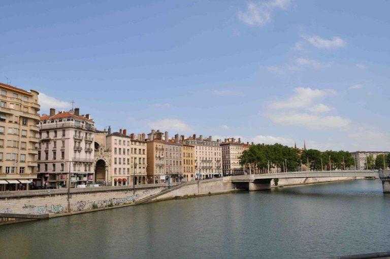 معلومات عن مدينة ليون فرنسا