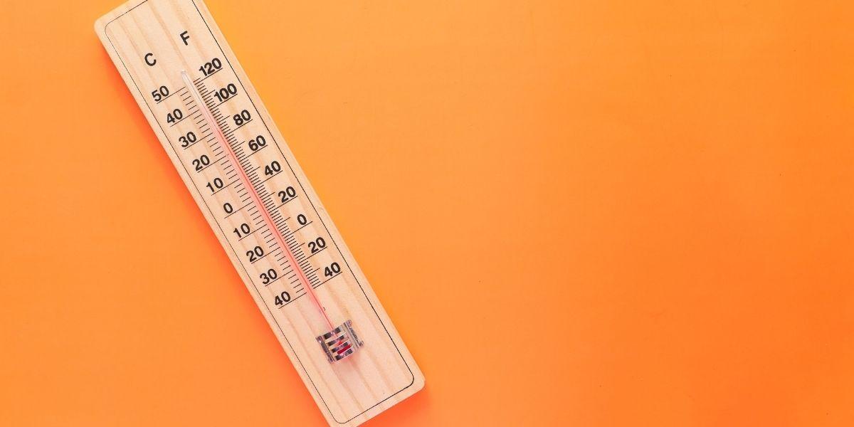 هل درجة حرارة الجسم 38 طبيعية؟