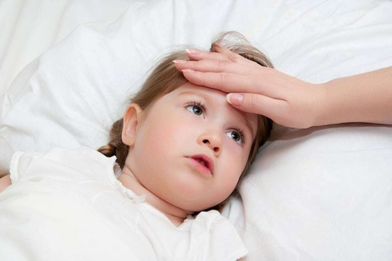 تعرف معنا علي أسباب السخونة عند الاطفال وكيفية علاجها /  بحر المعرفة