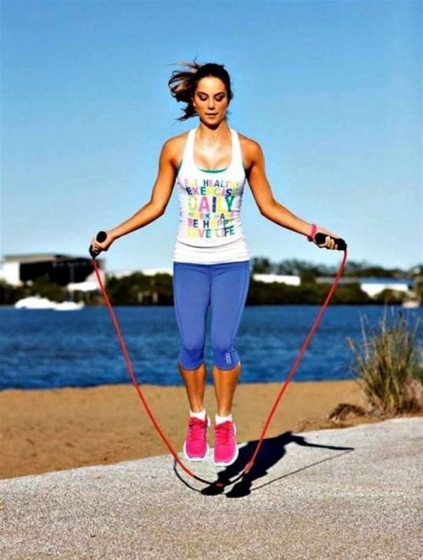 رياضة نط الحبل تحسن صحة القلب والعظام وتخلصك من السموم