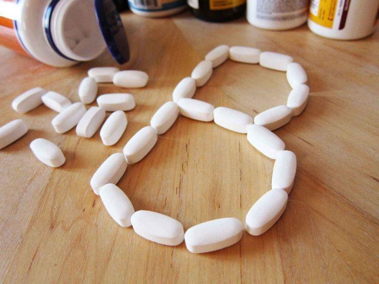 فوائد فيتامين ب1 ب6 ب12 للشعر .. يعزز من صحة الشعر ويساعد على النمو –