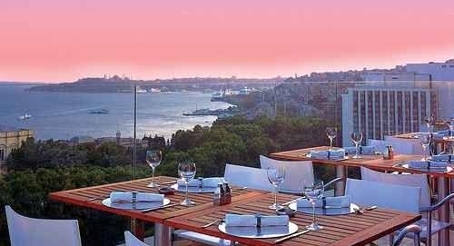 مطاعم إسطنبول الراقية ذات الإطلالة الساحرة