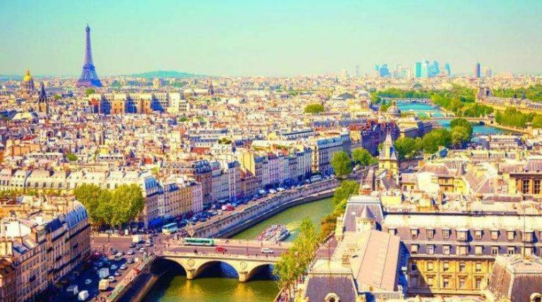 السياحة في فرنسا شهر يوليو
