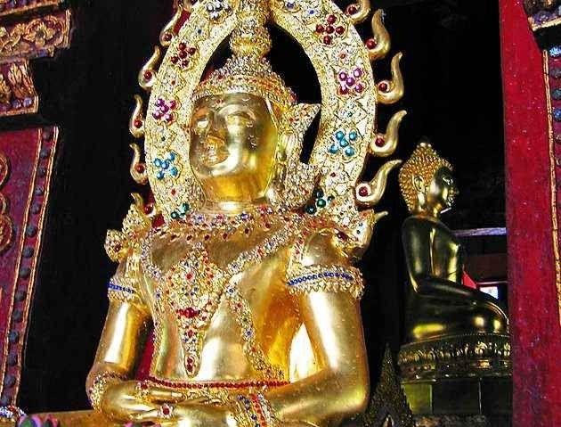 الأماكن السياحية في شيانغ ماي – أجمل المعابد والأسواق والأماكن الطبيعية في تايلند