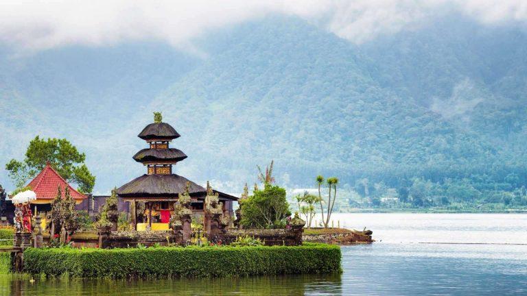 السياحة في إندونسيا في شهر أغسطس